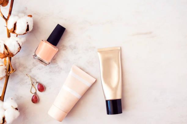 口コミで人気のディオール「化粧下地」を徹底比較|ツヤ、毛穴レス、高性能UV…どれがお好み?