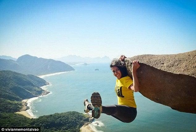 今年オリンピックが開催されるブラジル・リオデジャネイロのペドラ・ダ・ガヴェ山で断崖絶壁で1人の女性が笑う。俺の合鍵では鍵・合鍵・ディンプルキーを作ります。