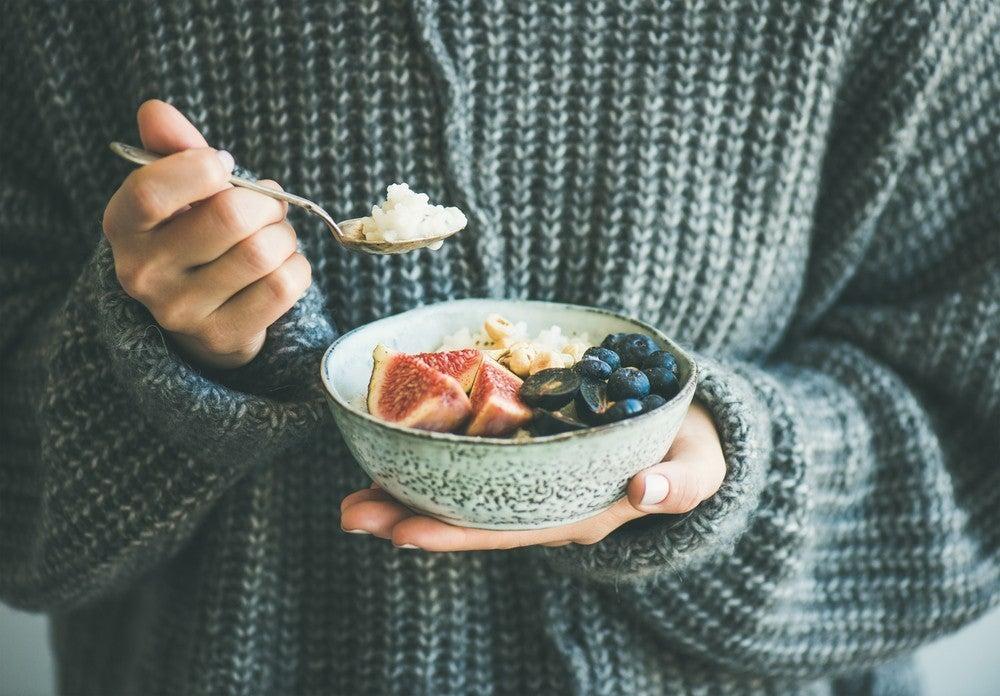 """""""間食""""がダイエットに効果的…!? プロいわく、成功の秘訣は「食べるモノとタイミング」にあり"""