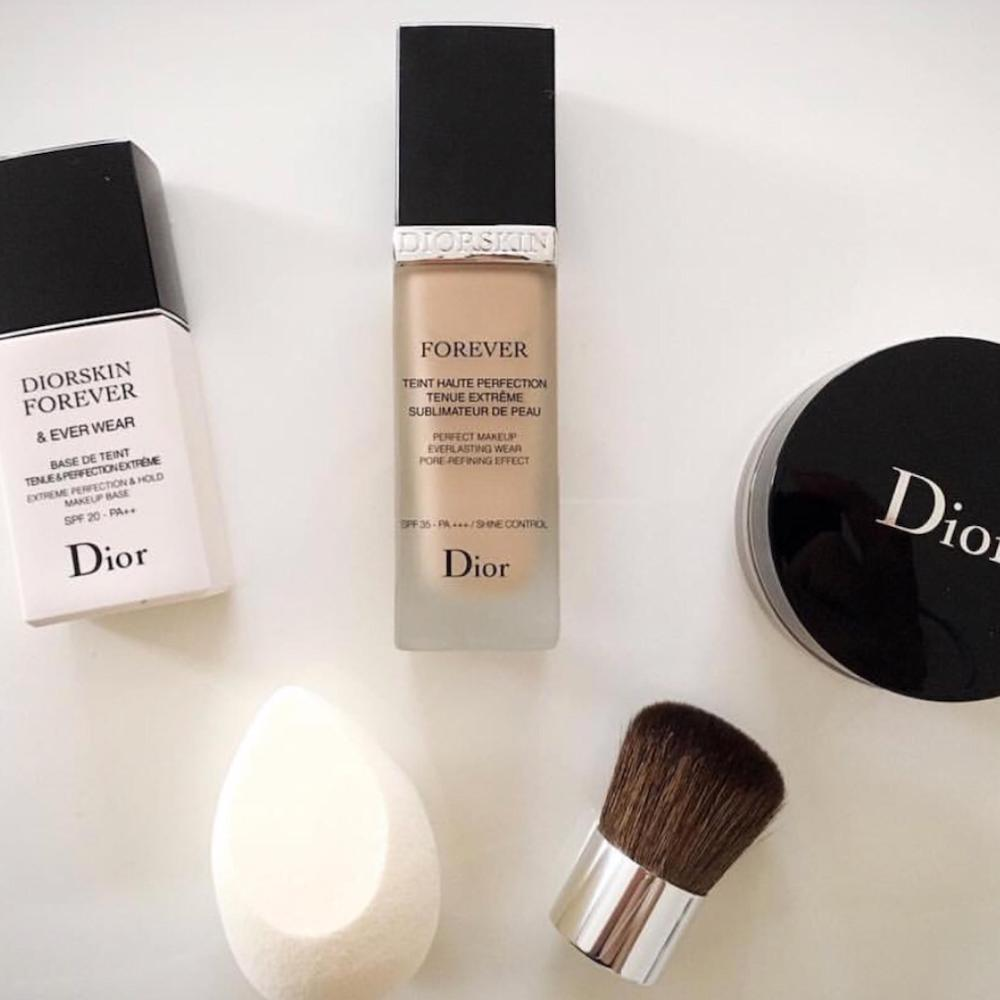"""Diorの""""顔用ストッキング""""級ファンデ!?「スキンフォーエヴァーフルイド」の口コミを調査"""