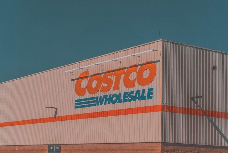 ブラック カード コストコ COSTCO(コストコ)会員カードのお得な更新方法 有効期限を過ぎても半年以内なら更新可能