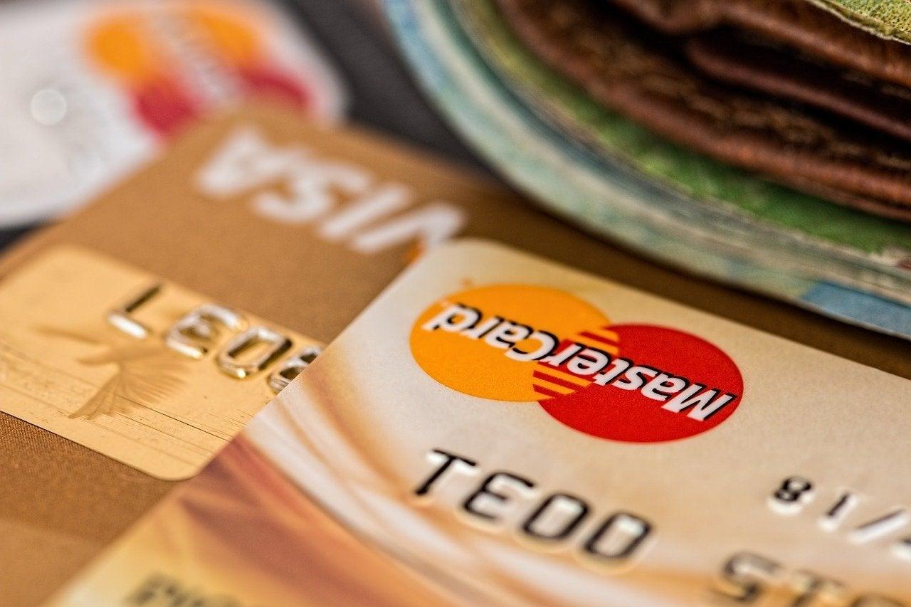 楽天カードは複数持ちが可能。国際ブランドや機能などで選ぼう